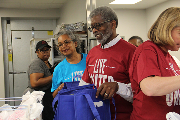 Paul Fant volunteering with Meals on Wheels through United Way Community Impact Partner Senior Resources
